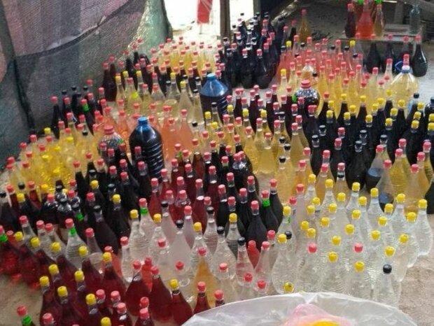 """В Запорожье накрыли подпольную """"алкофабрику"""" - поили украинцев шмурдяком вместо вина"""