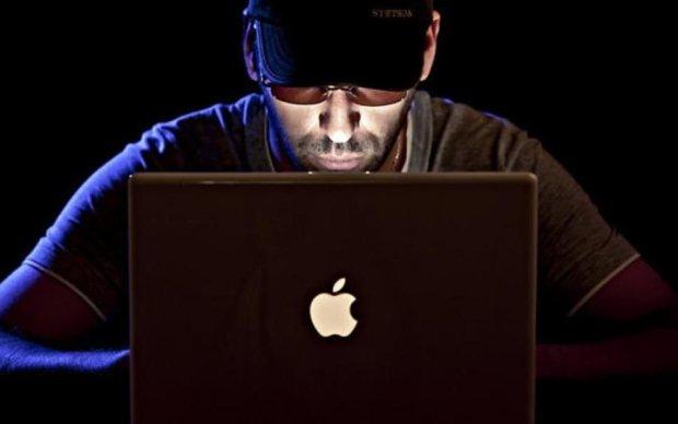 """Хакери вкрали """"антихакерську"""" інструкцію Apple"""