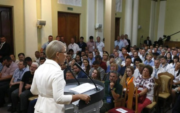 Тимошенко: Украина победит, Донбасс и Крым вернем Украине, а будущее страны - в ЕС и НАТО