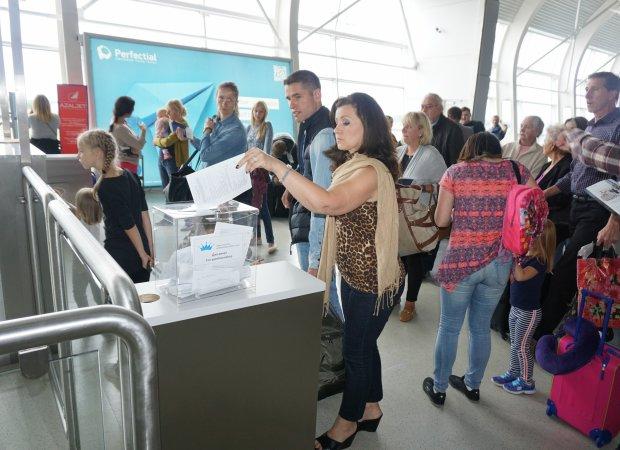 Канада отказала миллионам украинцев в визах: причины удивляют