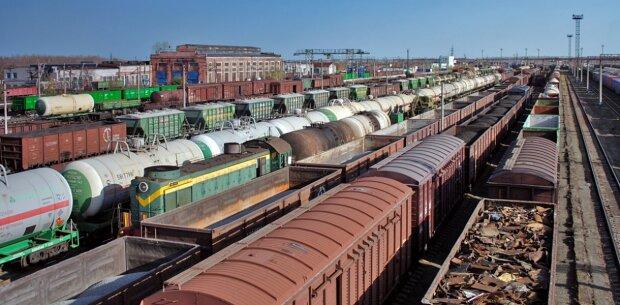 Укрзалізниця вантажні перевезення \\ фото Фокус