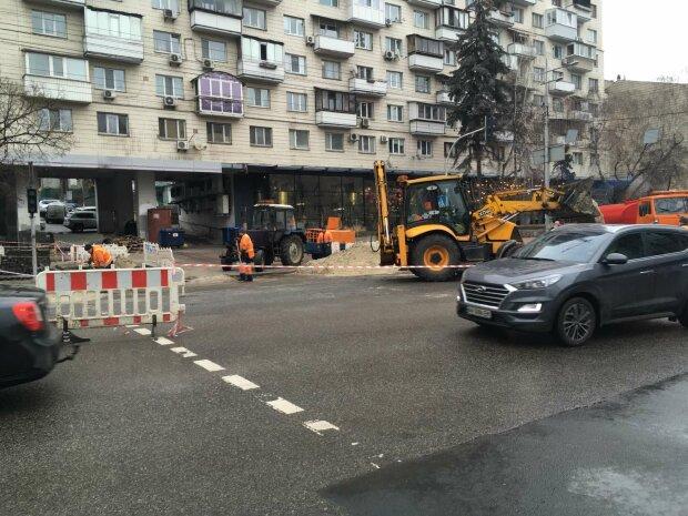 Ремонт дороги, фото: Голосіївська РДА