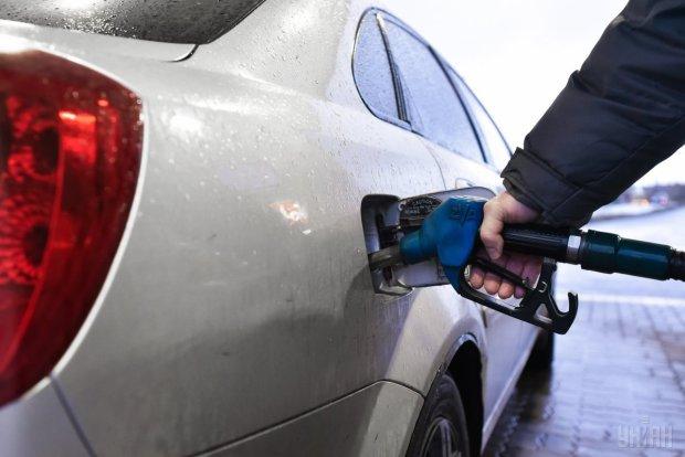 Ціна на нафту перетнула психологічну межу: такого людство ще не бачило