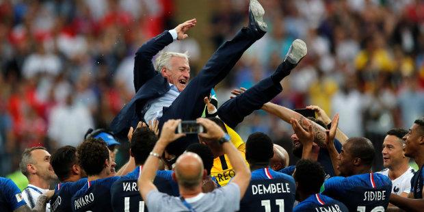 ФІФА назвала кращих тренера і воротаря року