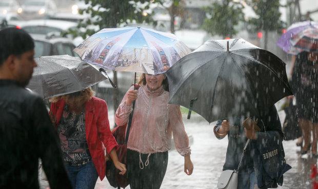 Погода на май в Украине: циклон с Балкан подготовил мерзкий сюрприз