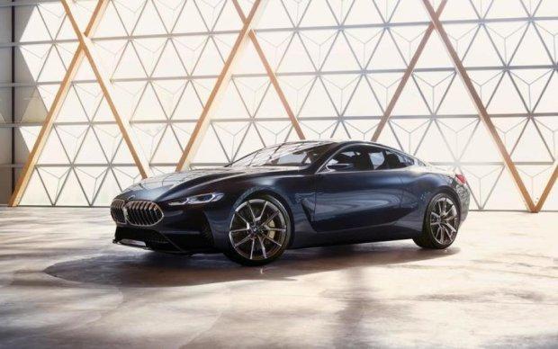 Концепт BMW 8 Series презентували в Італії