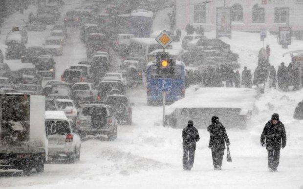Погода в Україні не дасть розслабитися: синоптики порадили чекати снігу у квітні