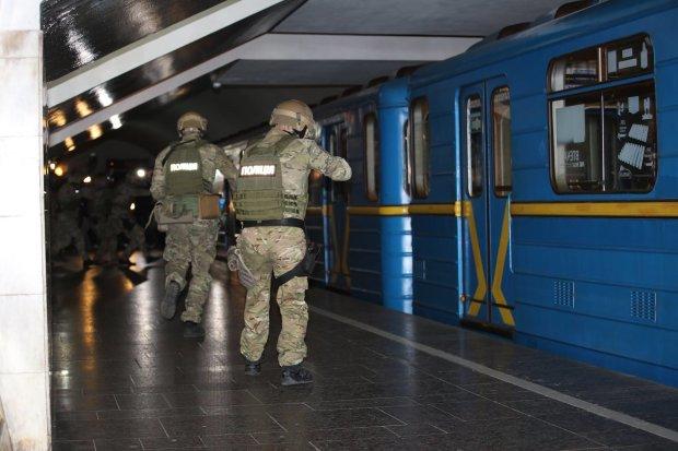 Метро Харкова готується прийняти удар: входи закрито, чекаємо авіанальоту