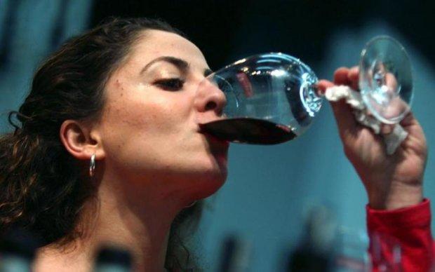 Печінка дає добро: скільки алкоголю можна випивати за день