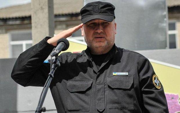 """В Кремле отреагировали на """"биометрические"""" инициативы Турчинова"""