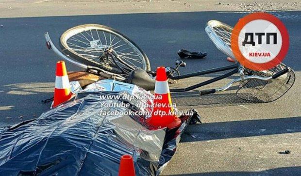 Самосвал раздавил насмерть велосипедистку (фото)