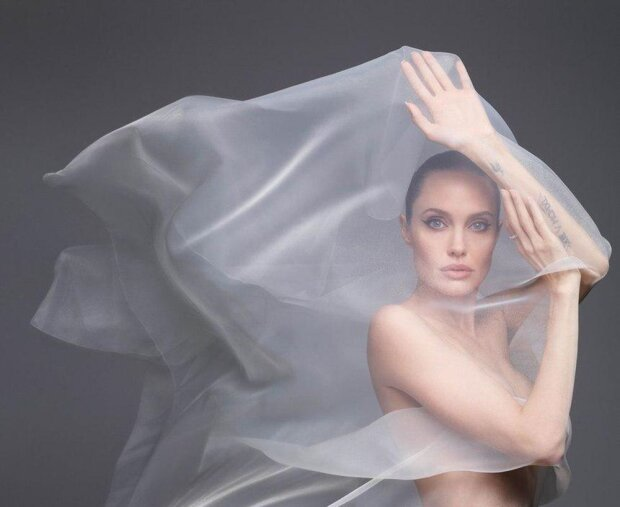 Анджелина Джоли, Harper's Bazaar