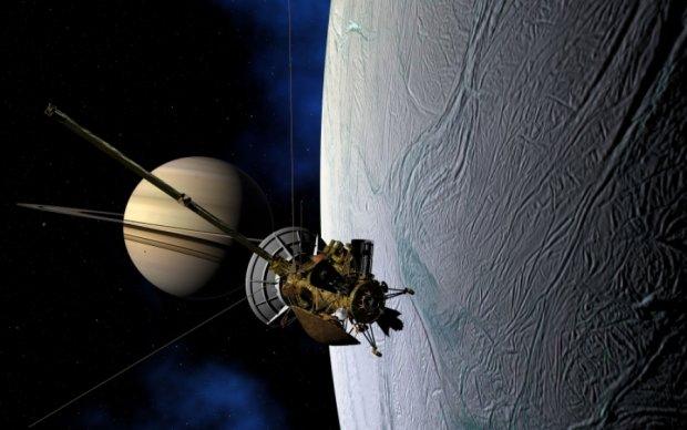 NASA показало последний путь Cassini