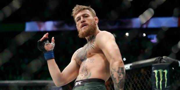 Макгрегор пригласил Ломаченко в UFC: соперник украинцу найден