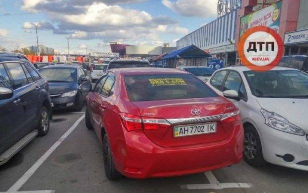 Герой парковки з Донецька розлютив киян