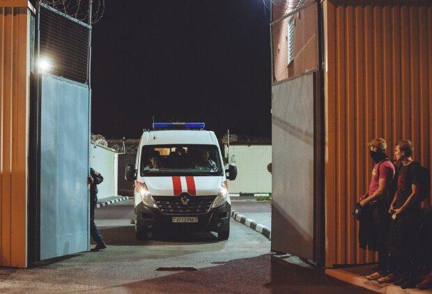 """Швидка в """"Окрестино"""", фото: belsat.eu"""