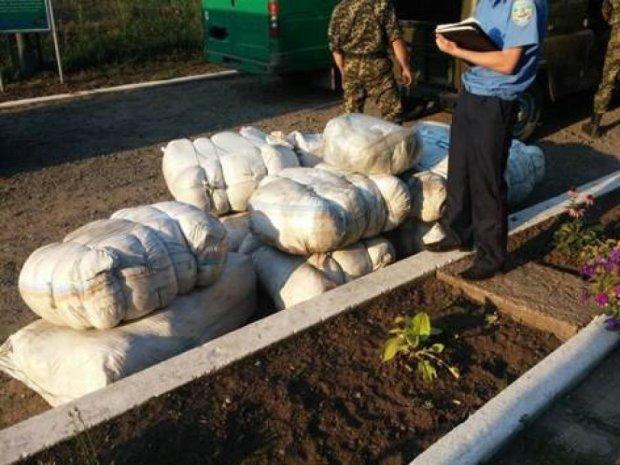 На Харківщині СБУ затримала контрабанду в Росію на 600 тис. грн. (фото)
