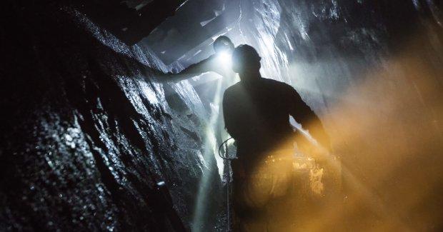 На Донбасі стався страшний обвал шахти зі 119 працівниками: стало відомо про першу смерть