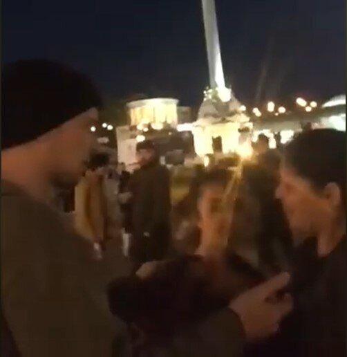 В Киеве ветеран АТО избил цыганок, скриншот с видео