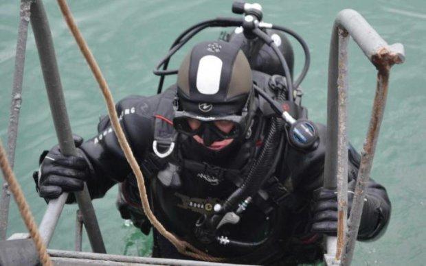 Морський патруль: військові водолази показали захоплюючі здібності