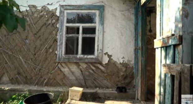 """На Київщині неадекват проломив голову товариша сокирою: """"Приїхали на заробітки"""""""