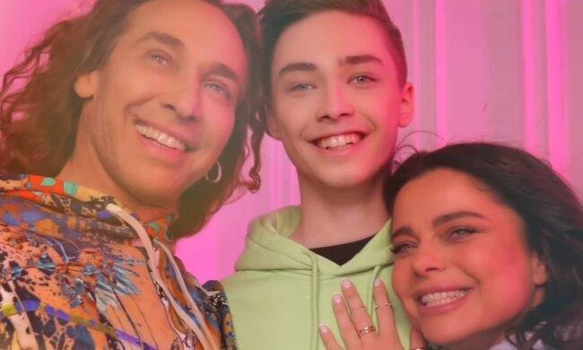 Тарзан і Наташа Корольова з сином, фото Instagram