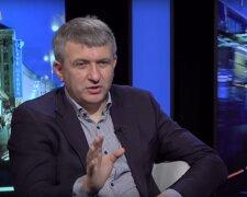 политолог Юрий Романенко, фото znaj.ua