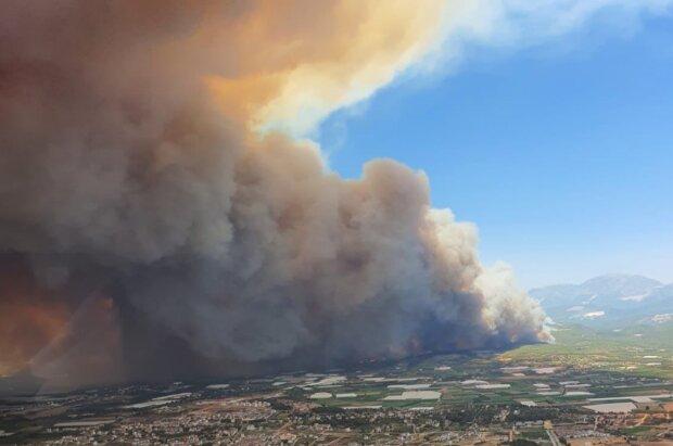 Пожежі в Анталії, кадр з відео
