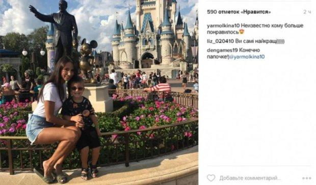 Дружина та син Ярмоленка відвідали Діснейленд (фото)