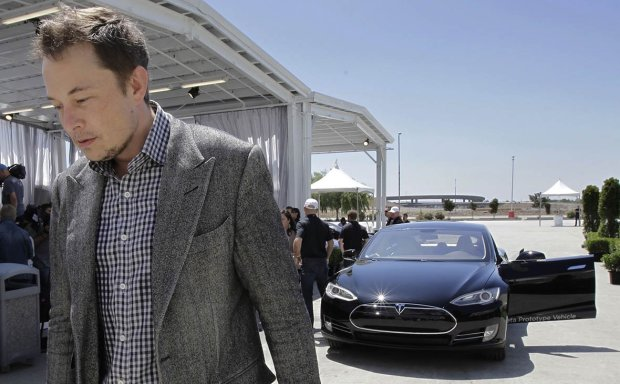 скандал з Tesla