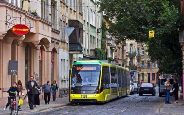 Осторожно, двери не открываются: Львов купил у Берлина непригодные трамваи