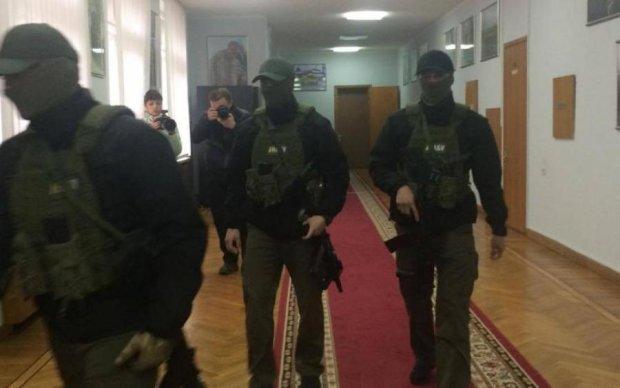 Стало відомо, що шукали детективи НАБУ у мера Одеси