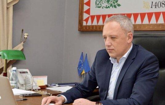"""Мэр Кличук подготовил черновчанам """"смарт-сюрприз"""": комфорт и стоп коррупции"""