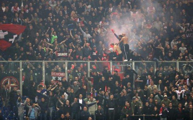 Аякс чекає легендарна підтримка у матчі проти Манчестер Юнайтед