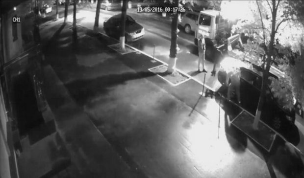 Автоугонщики платили по 100 долларов киевлянам за помощь