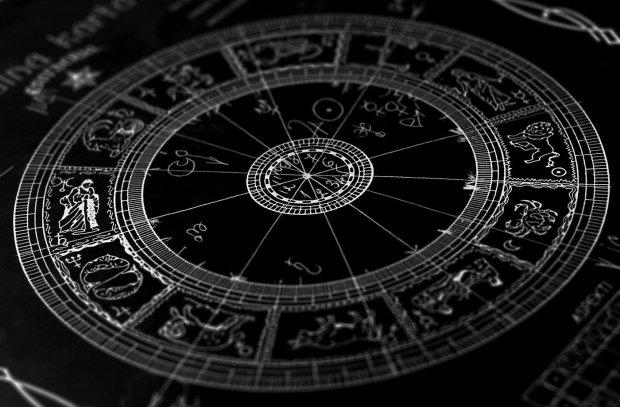Гороскоп на 27 жовтня для всіх знаків Зодіаку: кому терміново потрібен відпочинок