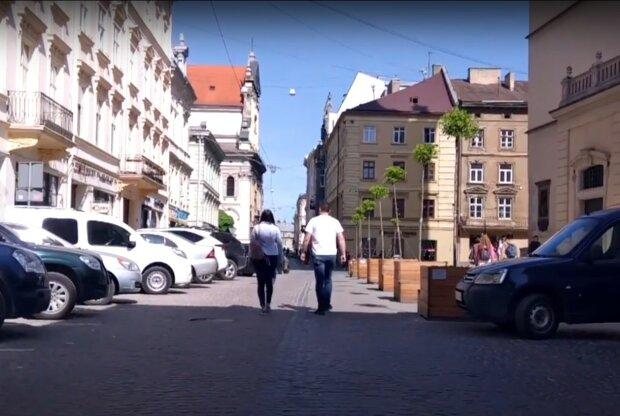 вулиці Львова, скріншот з відео