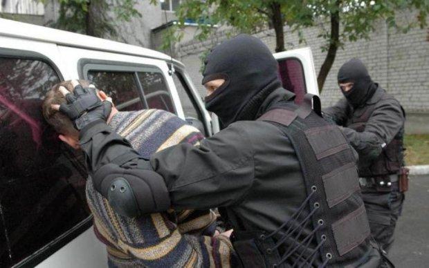 СБУ розкрила деталі затримання небезпечної банди провокаторів