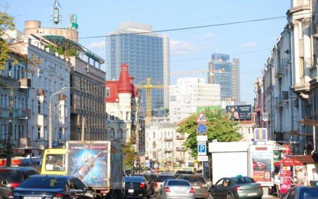 Беспросветные пробки: центр Киева перекроют для авто