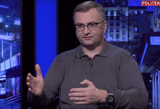 економіст Юрій Атаманюк в ефірі  Politeka Online, скріншот з відео