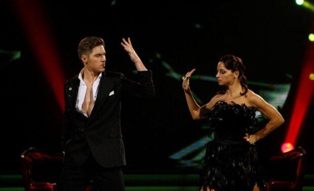 """Остапчук покинув """"Танці з зірками"""" за крок до фіналу: найкращі номери легенди """"Євробачення"""""""