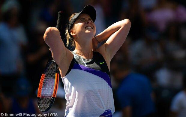 Світоліна обіграла Халеп і вийшла у півфінал Підсумкового турніру WTA: відео