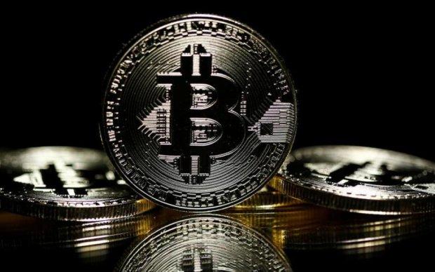 Курс биткоина на 23 апреля: криптовалюта покоряет новые вершины