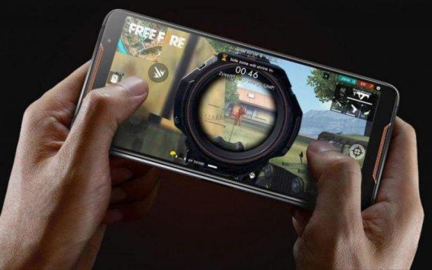 ROG Phone: ASUS представила ігровий смартфон