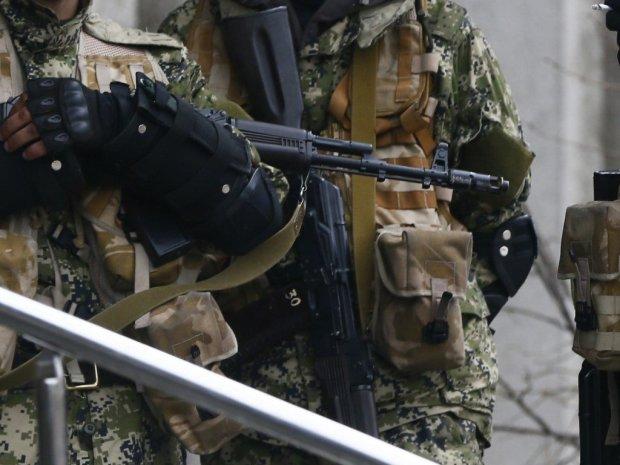 """Воевать за Путина никому: Захарченко забирает боевиков с собой, в """"ДНР"""" серьезные проблемы"""