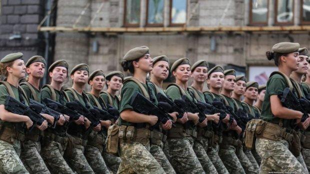 Харьковчанки оседлают танки: впервые в истории, - вот вам и слабый пол