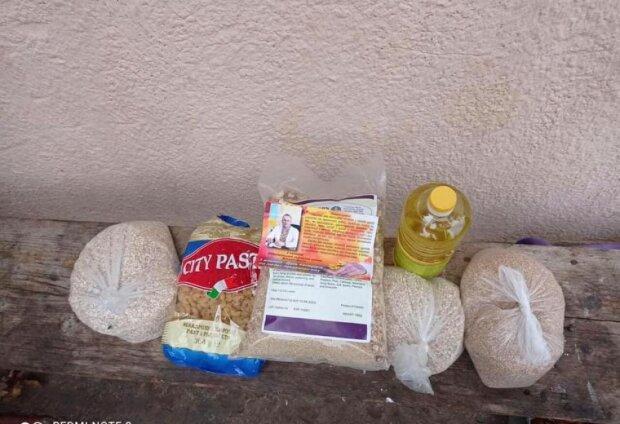 """На Тернопільщині виборців купують макаронами замість гречки: """"Занадто дорого"""""""