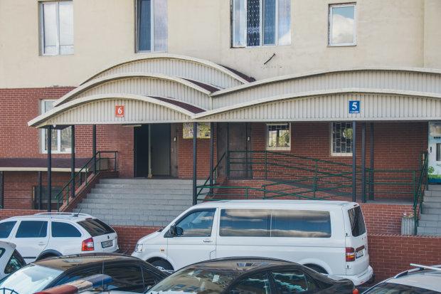 Квартиры киевлян начинили взрывчаткой, многоэтажка могла рухнуть, как карточный домик: подробности кошмара