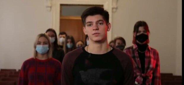 """Студенти """"ДНР"""", фото: скріншот з відео"""