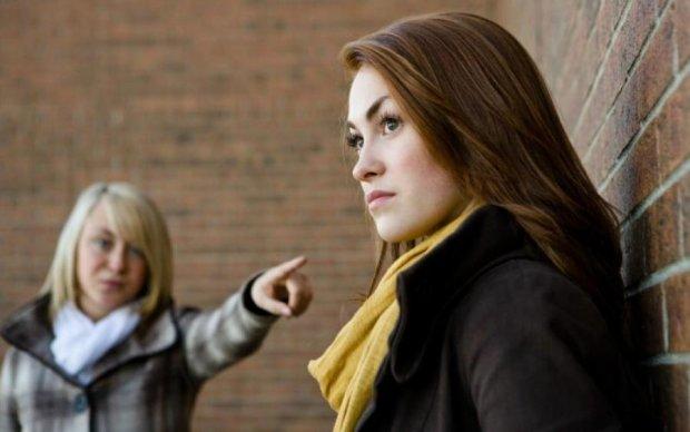 Не варто грубити: найкращі способи позбутися надокучливого співрозмовника
